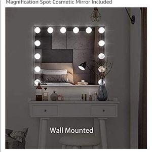 New in box Hollywood Vanity mirror makeup